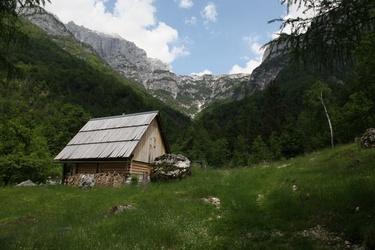 Zadnjica valley