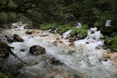 Zadnjica river
